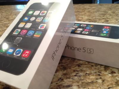 New released unlocked Apple iPhone 5s gold and 5